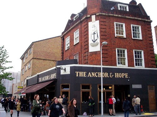 meilleur branchement bars Londres sites de rencontre pour le VIH positif au Kenya